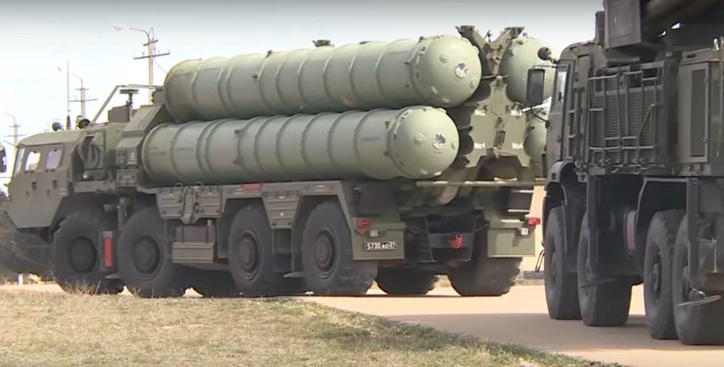 """Зенитно-ракетная система С-400 """"Триумф"""" на территории временно оккупированного Крыма"""