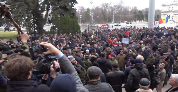 Протести в Молдові