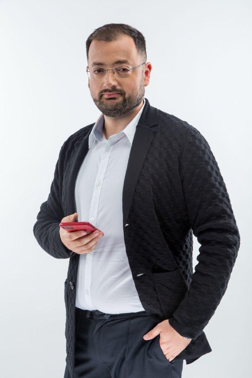 Юрий Лазебников