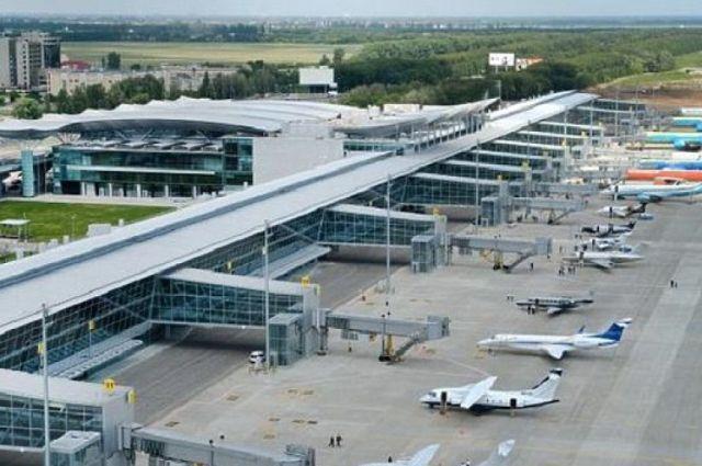 Аеропорт Одеси на два тижні призупинив роботу через карантин
