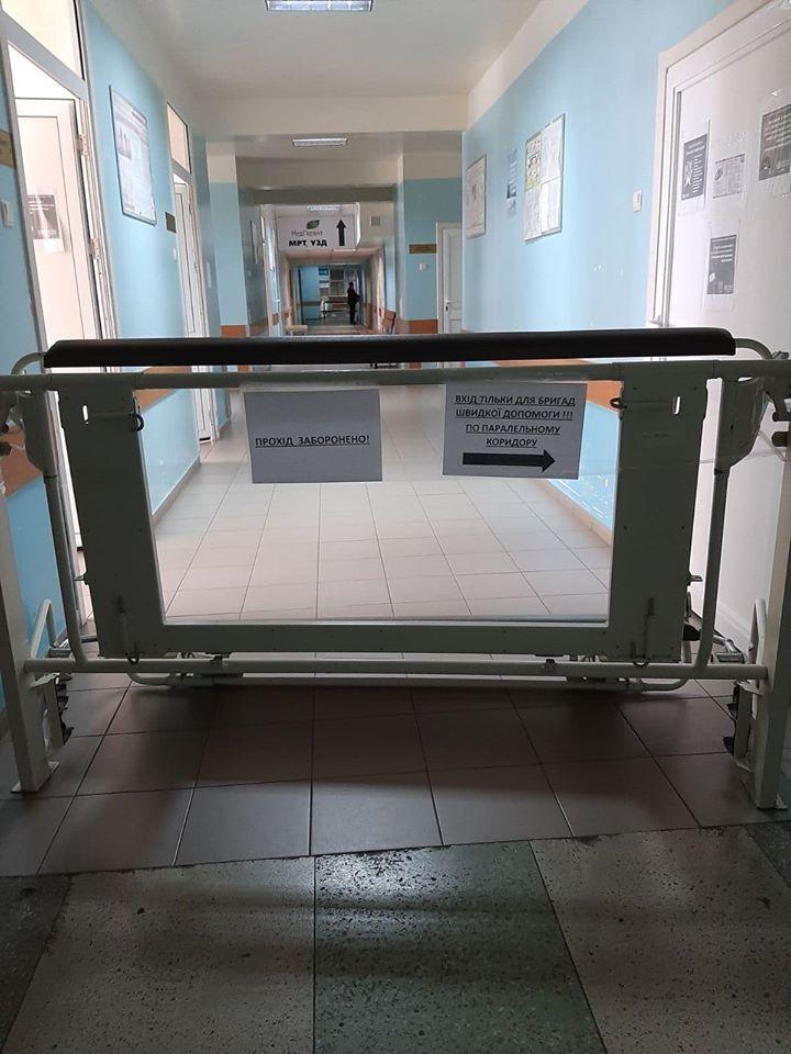 Медиков Киевской больницы №8 бросили на произвол судьбы в борьбе с коронавирусом