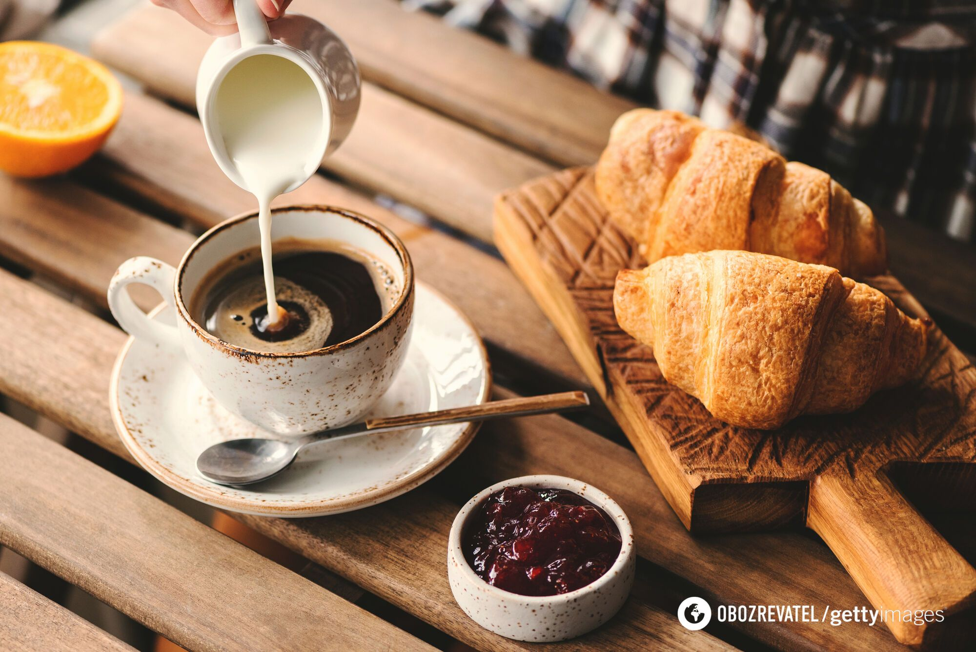 Кофе лучше пить без молока и без сахара