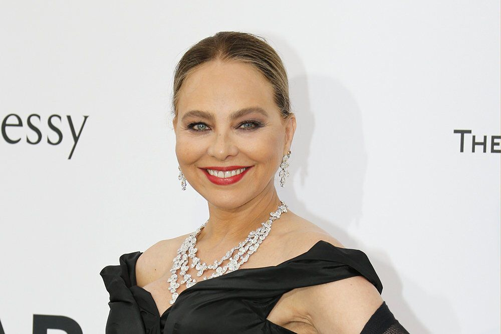 Улюблениця Путіна Орнела Муті потрапила в скандал в РФ: нареченого актриси оголосили в розшук