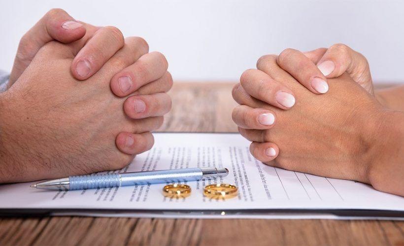 Китайцы разводятся из-за нескольких недель самоизоляции