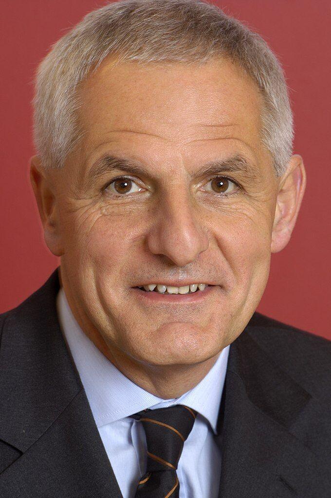 Професор Йоп Ланге