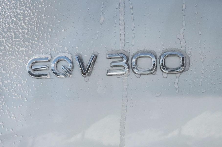 Mercedes EQV пройшов зимові тести