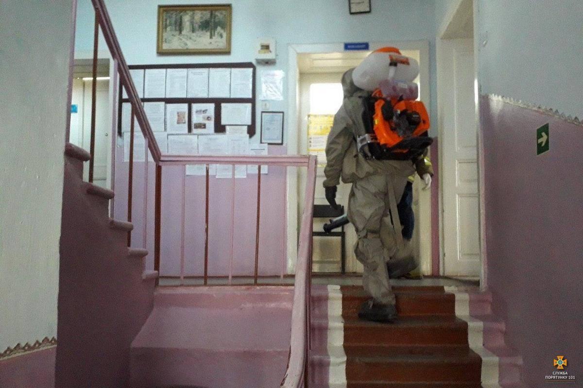 У місті Монастириську чотири лікарі захворіли на COVID-19