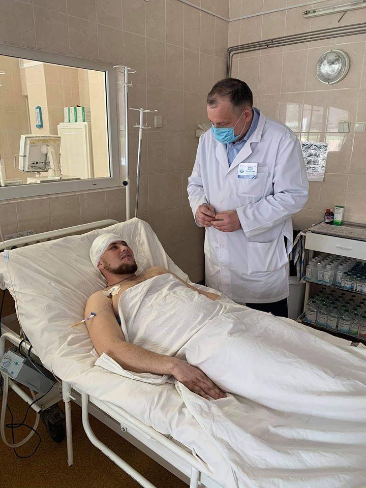 У Дніпрі медики врятували безнадійного пораненого бійця