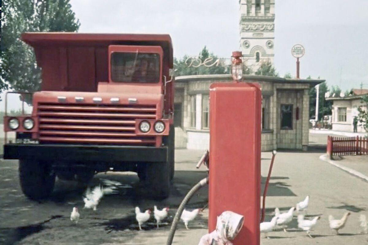 """Опытный образец карьерного самосвала """"БелАЗ-540"""" 1961 г."""