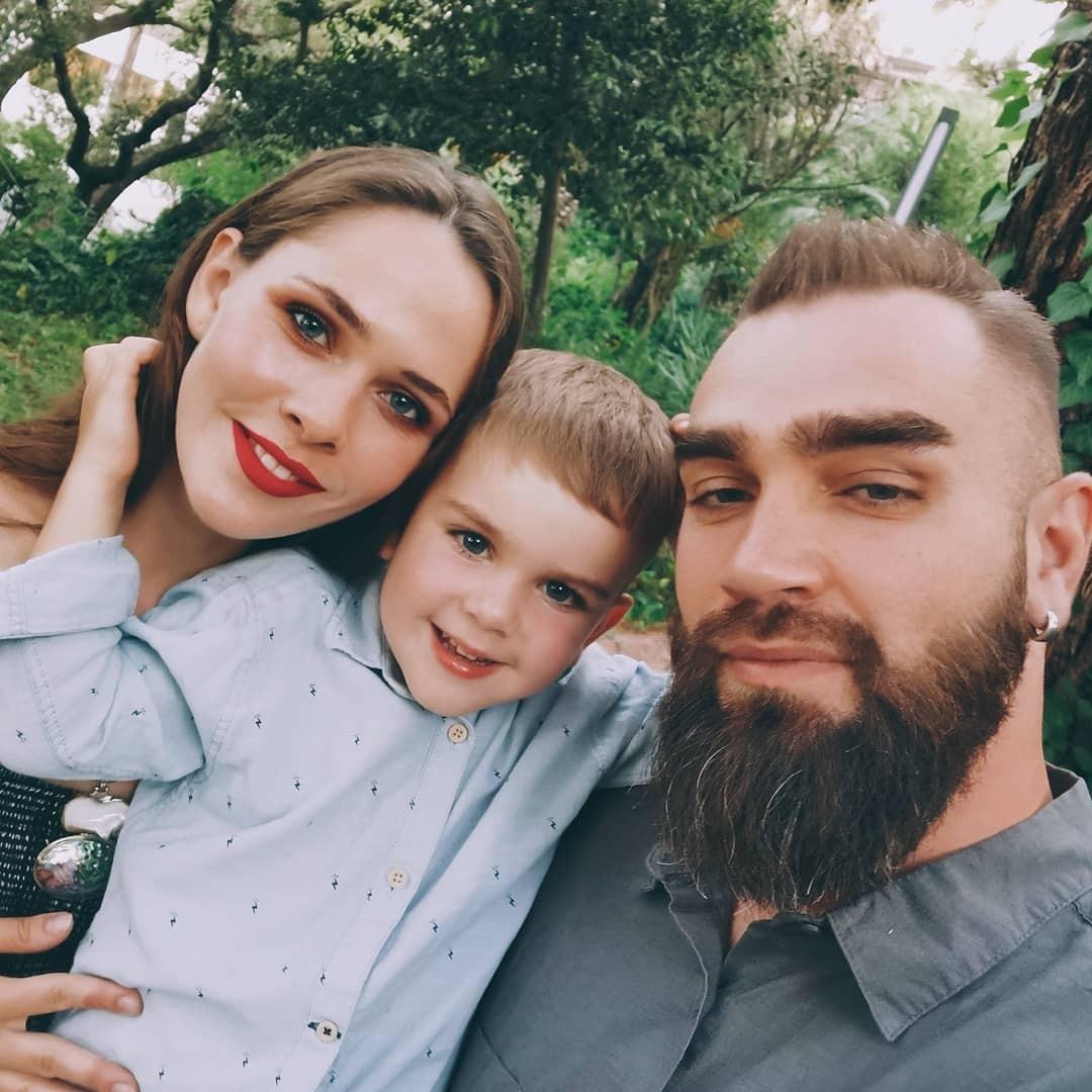 Юлія Саніна і Вал Бебко з сином