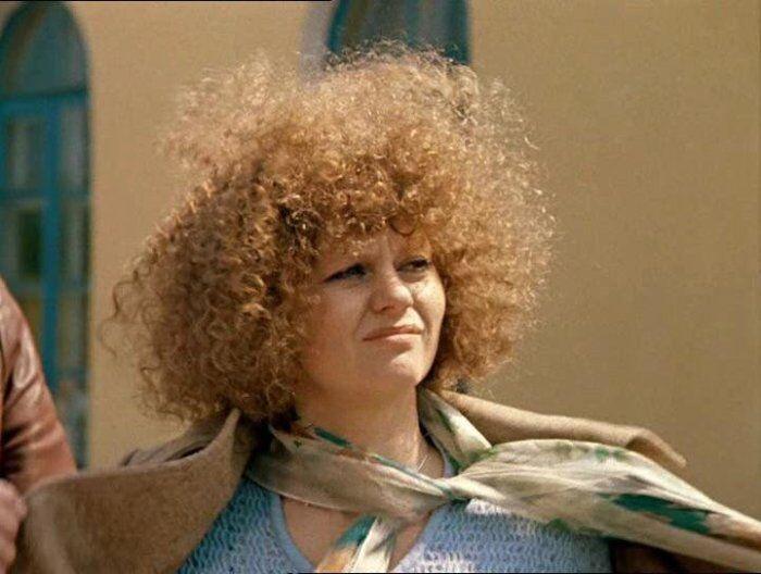 Макияж в СССР: лак для волос