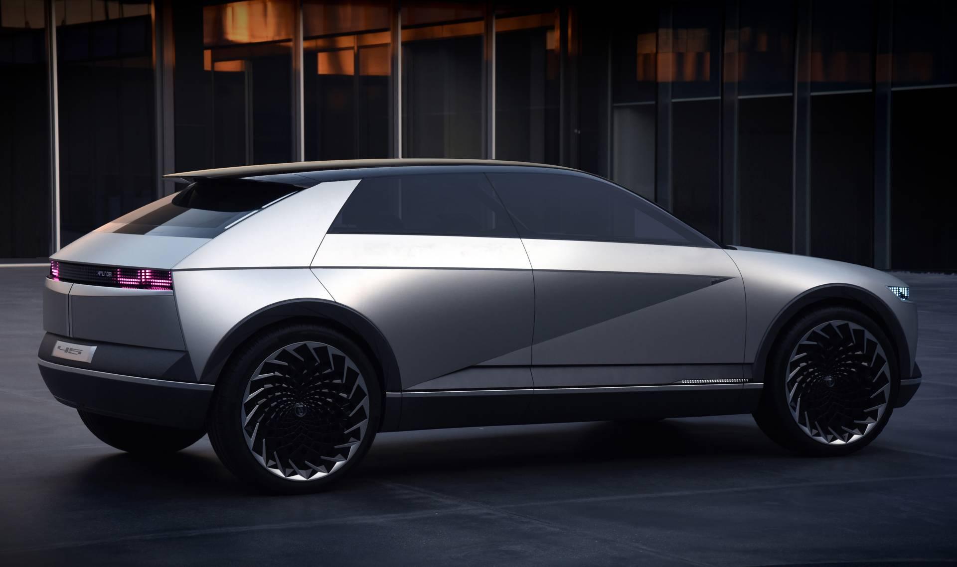Электромобиль Hyundai 45 в сентябре 2019 года удивил своим дизайном
