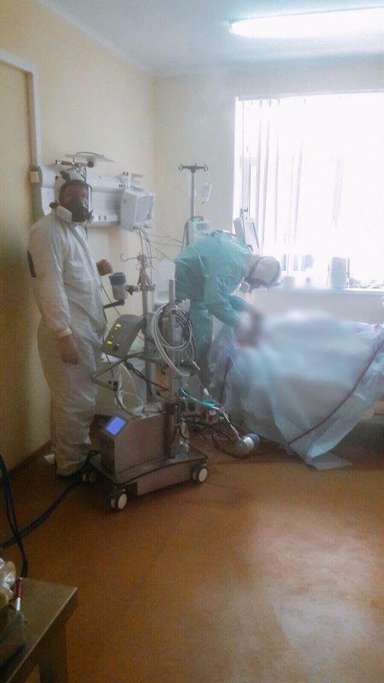Команда медиків реанімаційного відділення Олександрівської клінічної лікарні