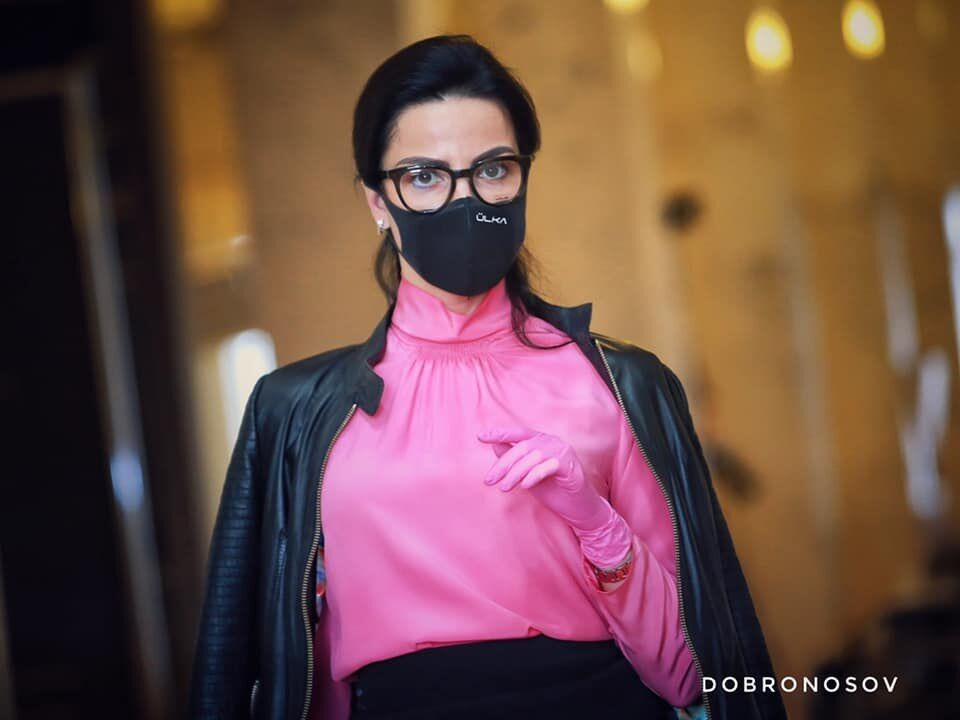Маски - це стильно: з'явилися гламурні фото з Верховної Ради
