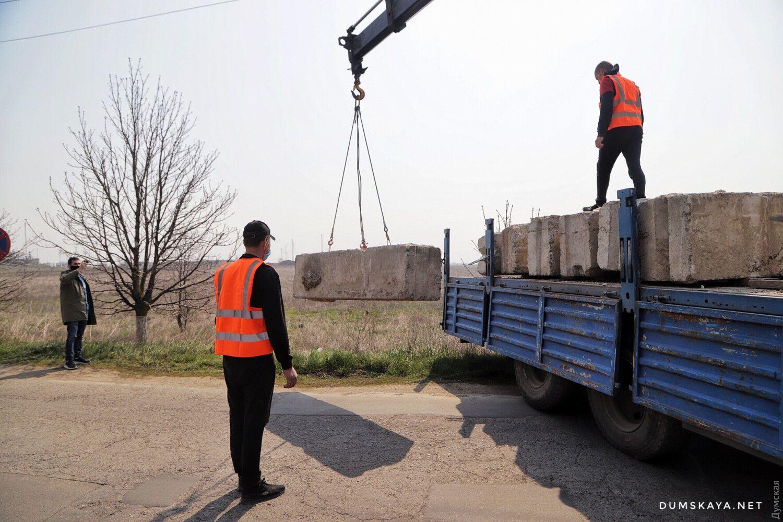 На в'їздах до Одеси з'явилися блокпости