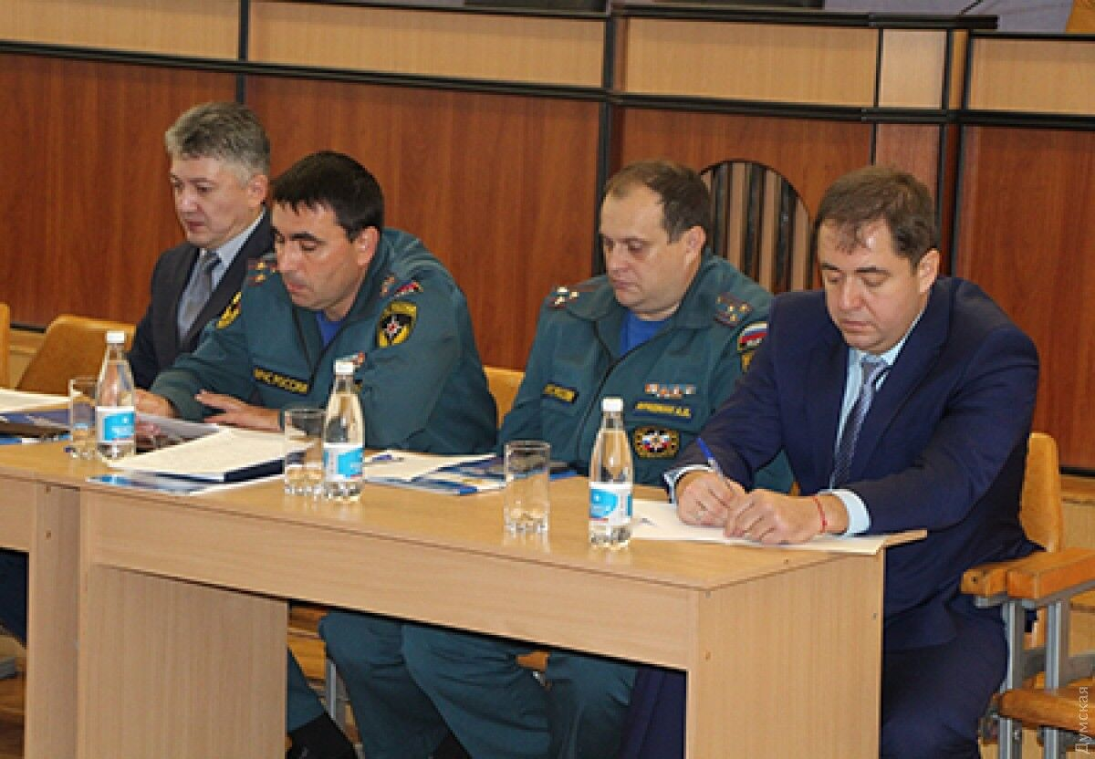 Інтерпол скасував розшук ексглави ДСНС Одеси Боделана (праворуч) щодо трагедії 2 травня