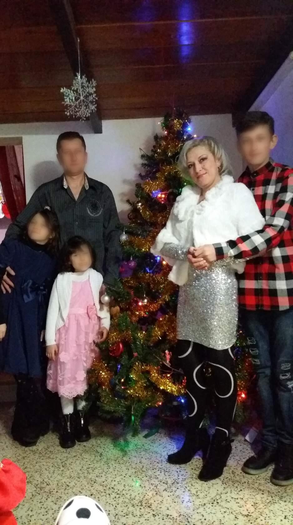 Ірина з чоловіком і дітьми