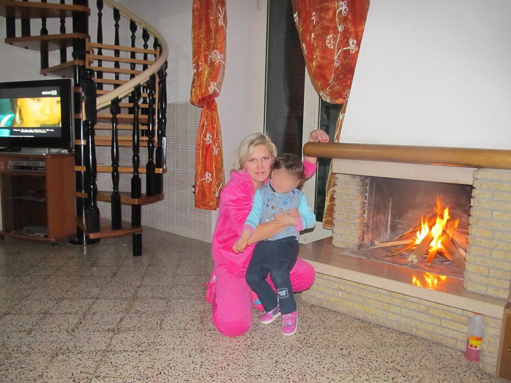 Ірина з молодшою дочкою