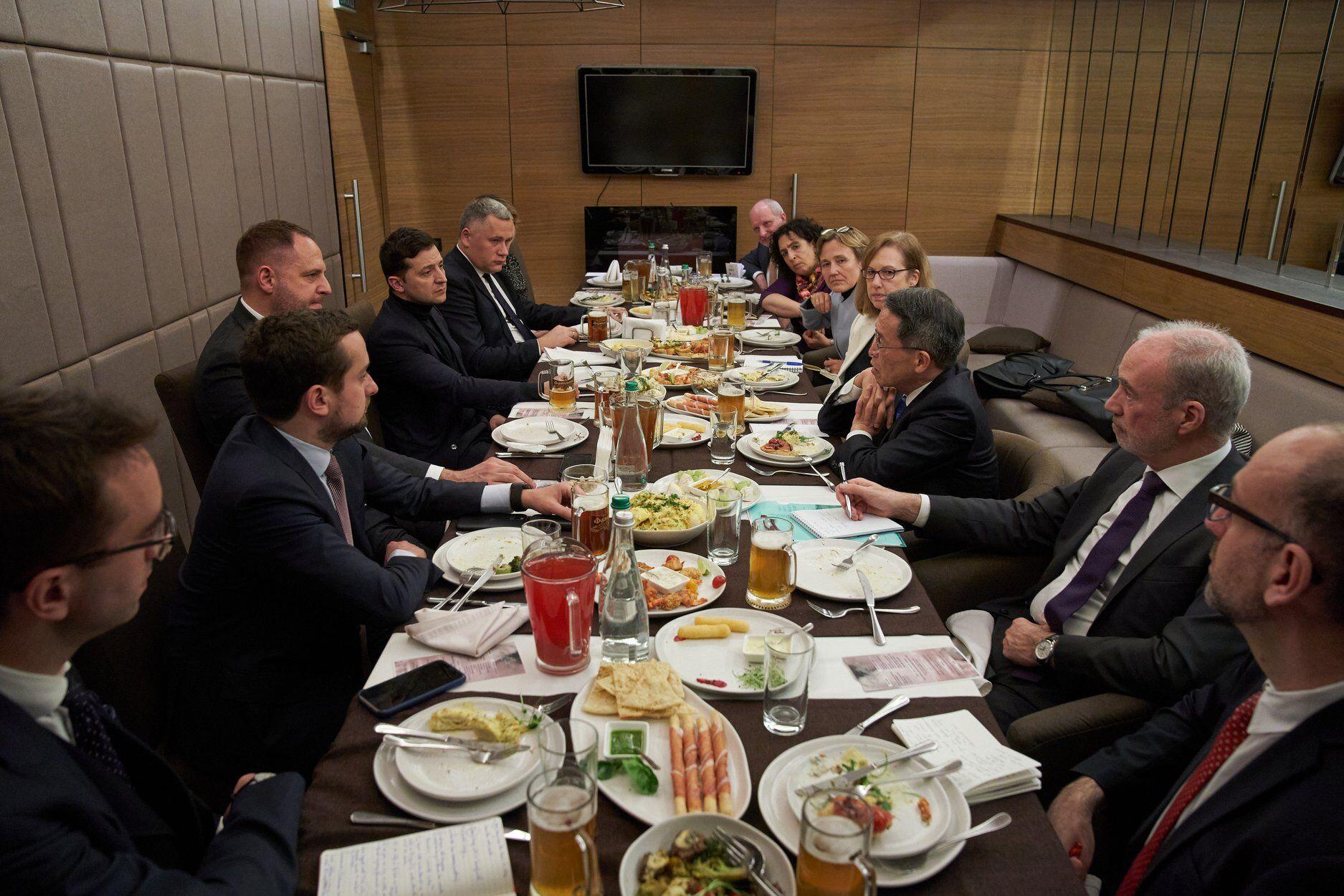 Встреча президента с послами G7