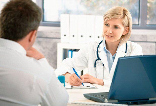 Медицинская книжка в Днепре: как оформить и чем грозит подделка. Афиша Днепра