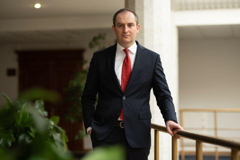 """Про бюджет, карантин та """"втрату 5 млрд на ПДВ"""": інтерв'ю з головою податкової Верлановим"""