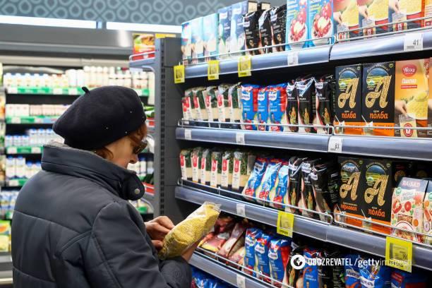 Как не стать жертвой рекламы: врач развенчал миф о полезных продуктах