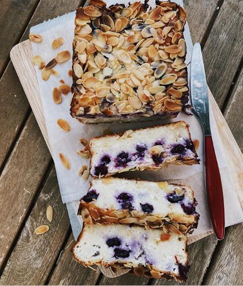 Білий шоколад та лохина: унікальний рецепт запіканки від блогера