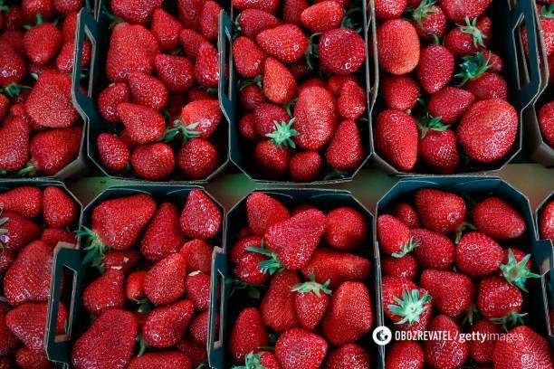 Як правильно заморозити полуницю: три оригінальних способи