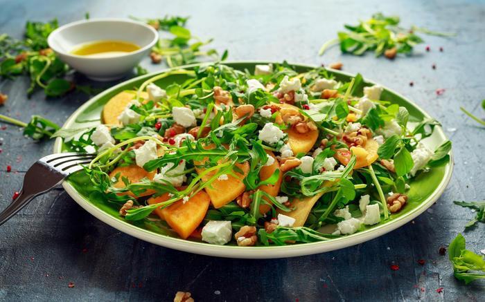 Експериментуємо на кухні: салат з апельсинами та сиром