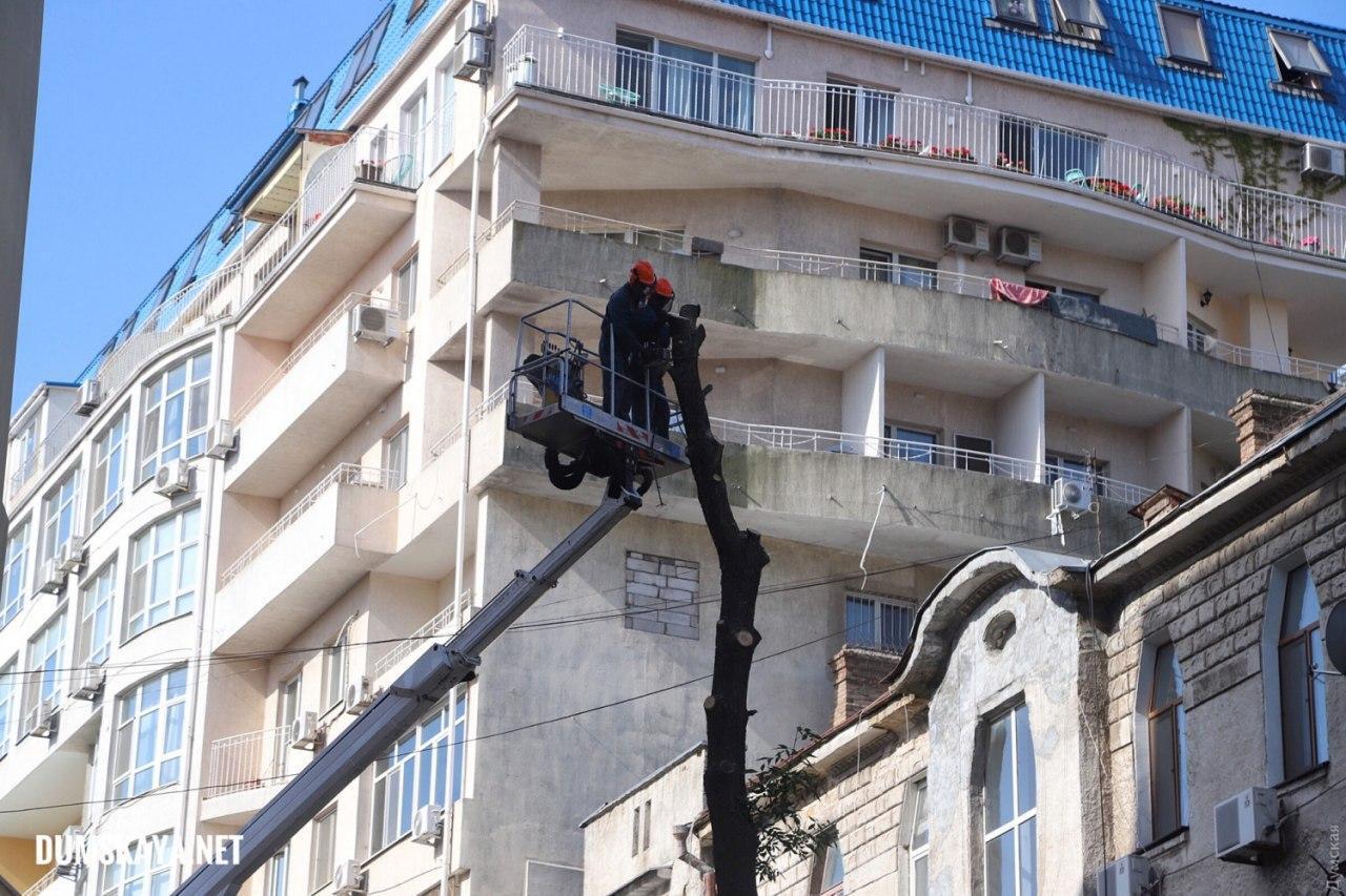 В Одессе ночью обвалился жилой дом