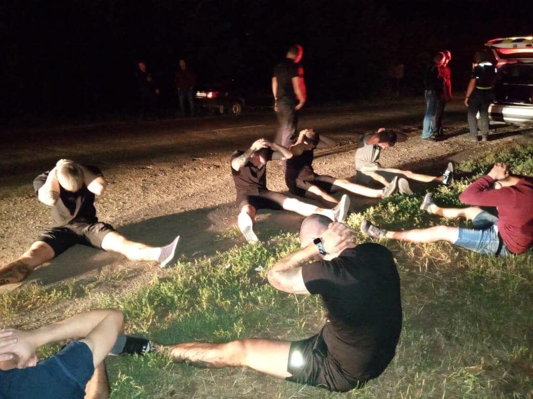 Группу нападвших задержали в Красноградском районе Харьковской области