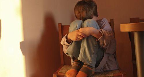 Над дитиною жорстоко знущалися