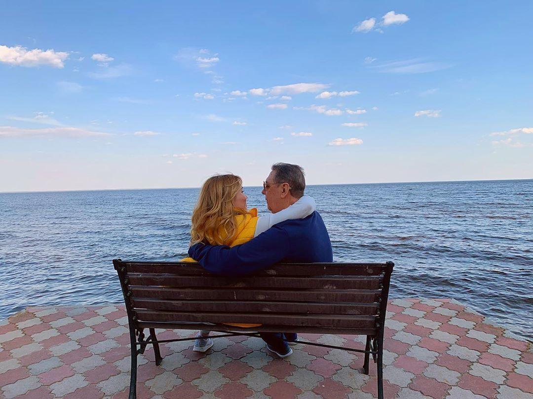 Мария и Анатолий Коньковы на отдыхе