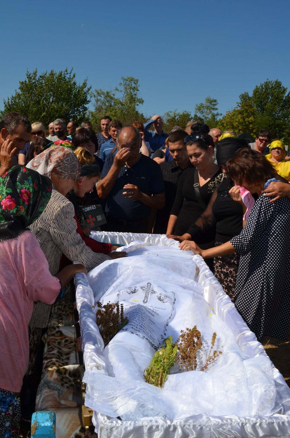 Похорон Руслана Волкова.