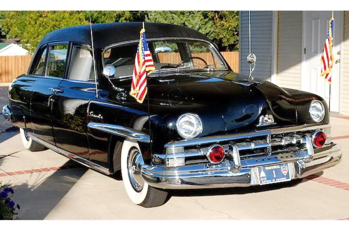 1950 Lincoln Cosmopolitan Limousine. фото: