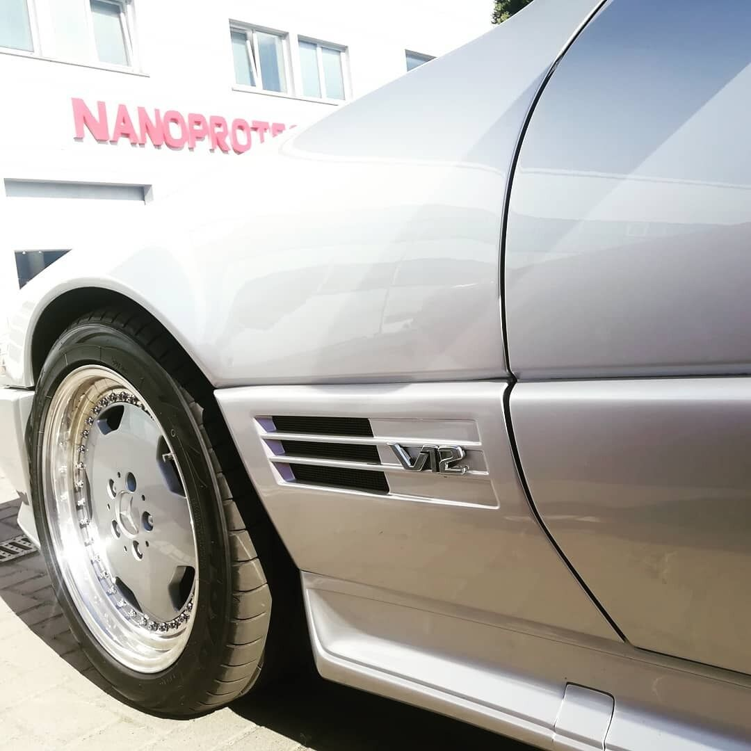 Культовый Mercedes на европейских номерах, замеченный в Киеве.