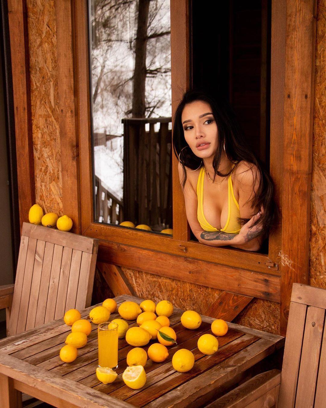 Айжан Байзакова и лимоны