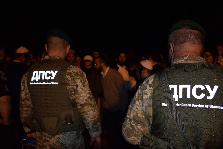 Украинские пограничники предотвратили прорыв хасидов.