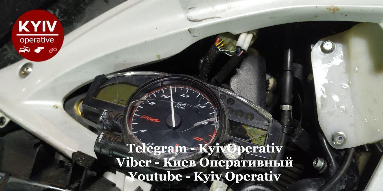 Спідометр мотоцикла.