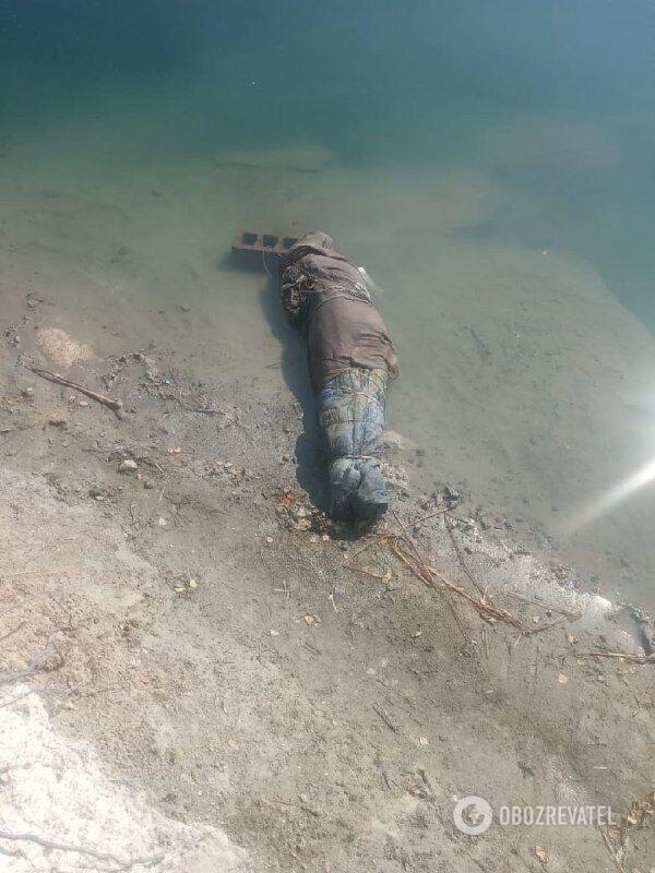 Водолази знайшли тіло в кар'єрі