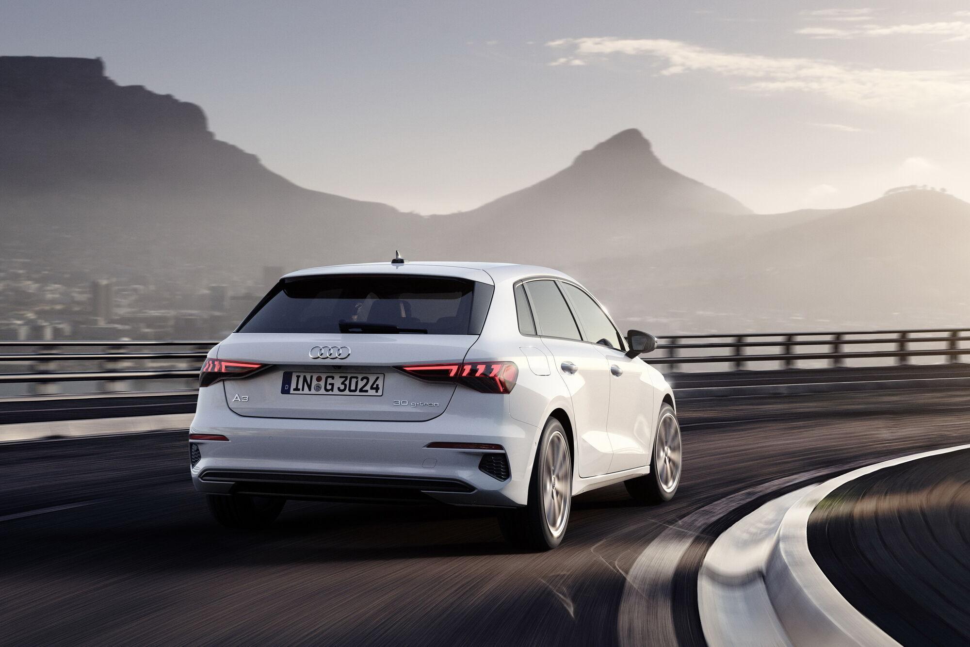 2021 Audi A3 Sportback 30 g-tron. фото: