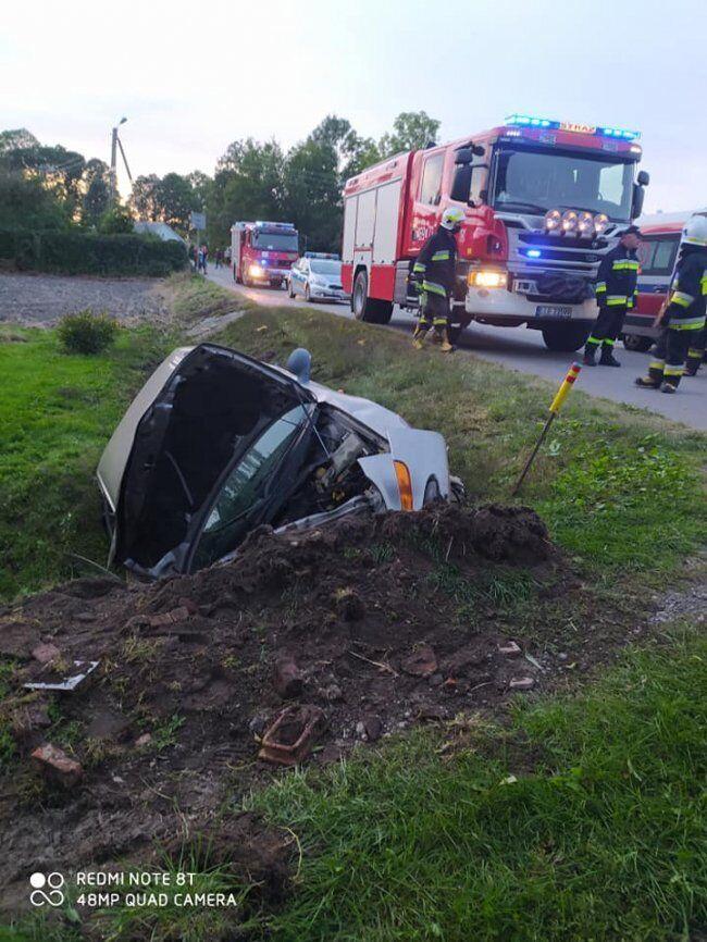 П'яний українець розбив у Польщі автомобіль під час тест-драйву.