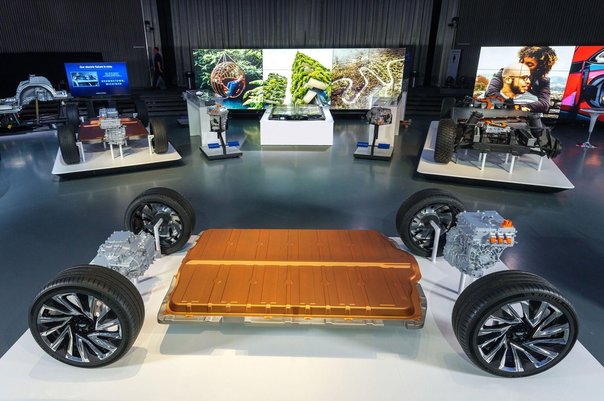 Платформа Ultium Drive может использоваться при созданиие электромобилей разных типов и назначения. Фото: