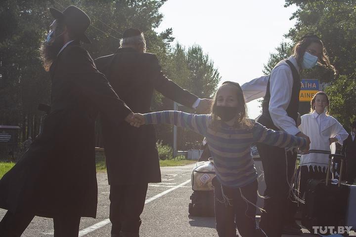 Хасиди на кордоні з Україною