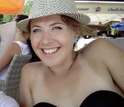 Юлия Джима в шляпе