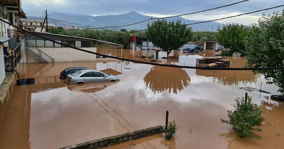 Есть информация о затопленных улицах в Греции