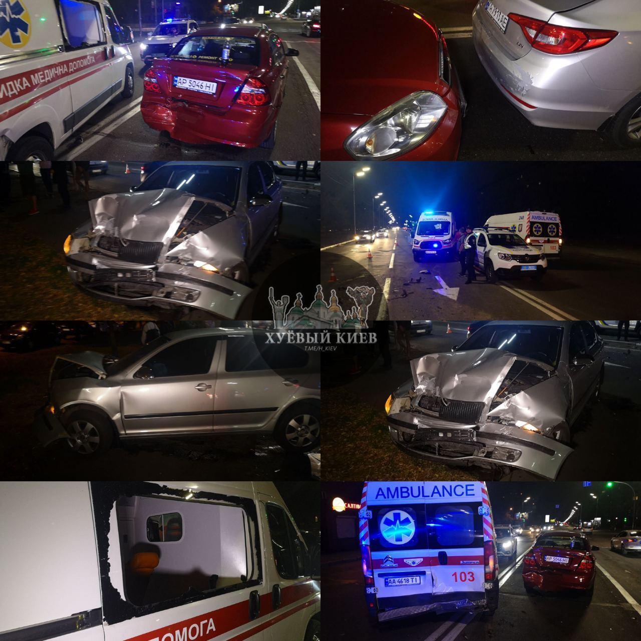 У ДТП зі швидкою постраждала пасажирка Skoda