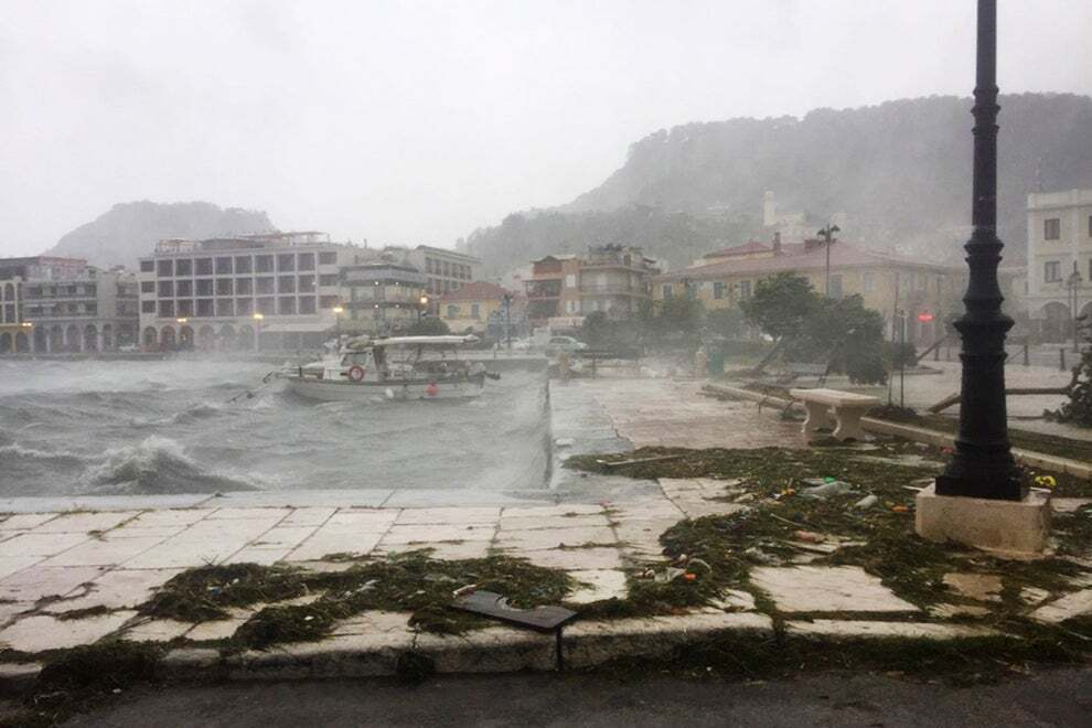 Вышедшими из берегов реками поврежден ряд зданий