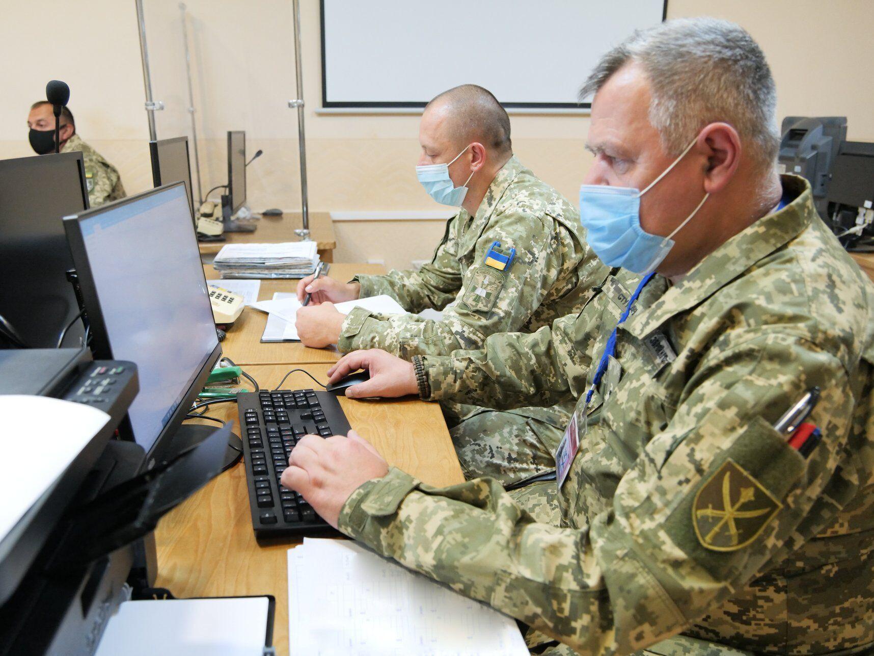 В ходе тренировки изучается система работы органов военного управления по стандартам государств-членов НАТО