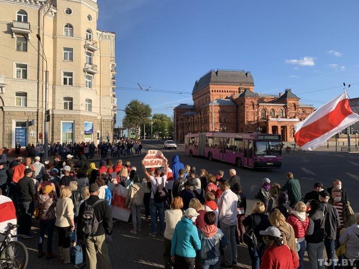Силовики оцепили площадь Славы в Могилеве